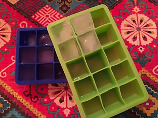 Image of ice trays
