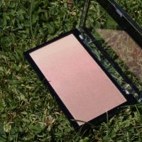 Makeup Revolution Gradient Highlight - Rose Quartz Light