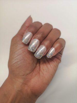 kiss nails for nye