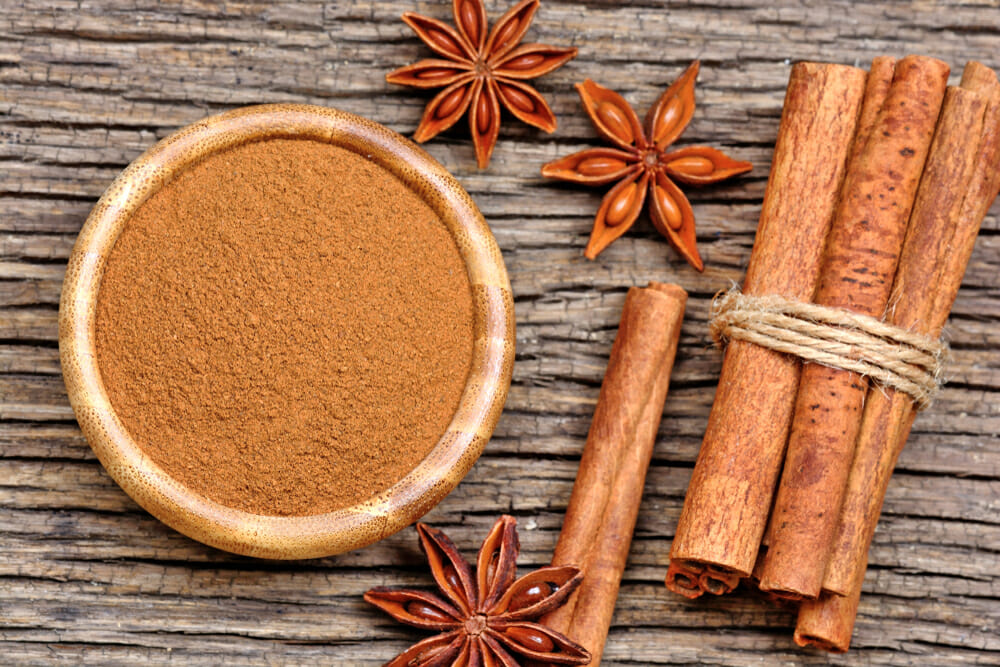Amazing Health Benefits From Honey and Cinnamon