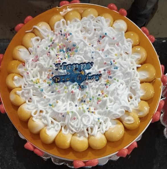 Sevai Design Round Shape Cake Pineapple