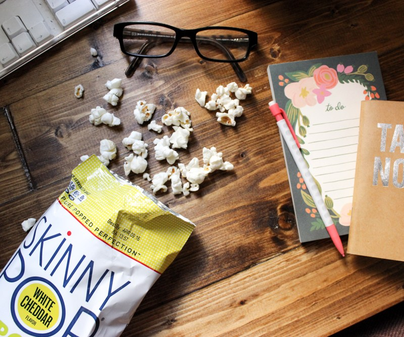 SkinnyPop Popcorn Snacks | Just Peachy Blog