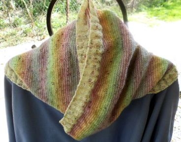 Helical Stripes Cowl S-4-13-17 F4-22-17