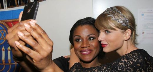 Taylor Swift backstage Carole King Musical