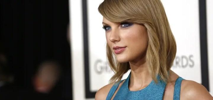 Taylor Swift at Grammy awards 2015