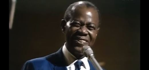 louis armstrong what a wonderful world lyrics review song meaning