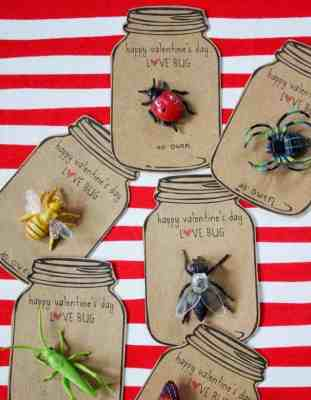 http://www.dandee-designs.com/2012/02/love-bug-valentines.html