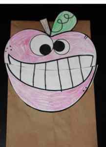 wacky apple puppet 2