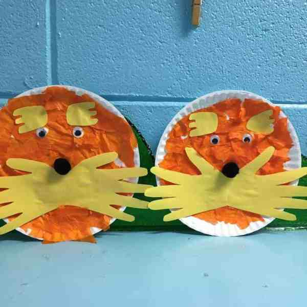 Paper Plate Loraxes make the perfect craft for Earth Day, a Dr. Seuss author study, or Read Across America day!