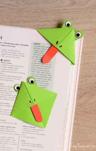 Wouldn't these frog bookmarks be the perfect way for students to keep their place in their Frog and Toad books?
