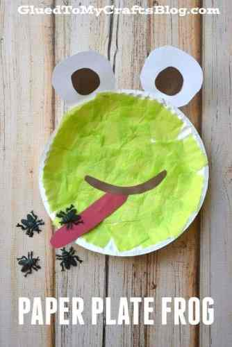 This adorable paper plate frog craft from Glued to my Crafts blog is perfect for your Frog and Toad Author Study!