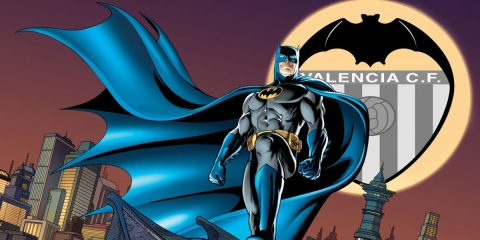 batman-dccomics-bat-signal-Valencia-feature