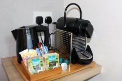 Hotel-Clover-North-Bridge-coffee
