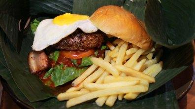Drippy Messy Rocker Burger ($22) – Signature char siu, premium beef patty, sunny side up, lettuce, sambal XO sauce in brioche bun