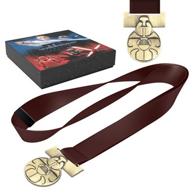 Star Wars The Rise of Skywalker Medal of bravery