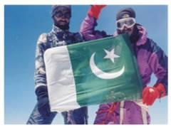 hasan sadpara climbed Mount Everest without Oxygen