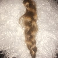 21INCH LENGTH 3.5INCH THICK BROWN BEAUTIFUL CONDITION CAUCASIAN HAIR, FROM COUNTRYSIDE, SMOKE FREE
