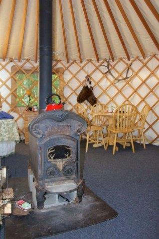 summer-yurt-3