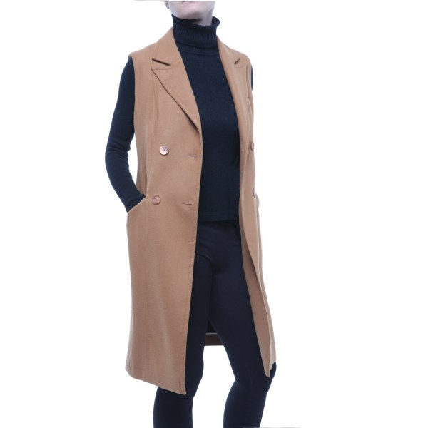 Liviana Conti cappotto senza maniche