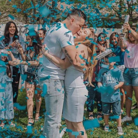 Pink or blue? Learning the gender of your baby is always an unforgettable experience, and one you will likely want to share with all of your family and friends! Use these creative and unique gender reveal ideas to suprise friends and family.