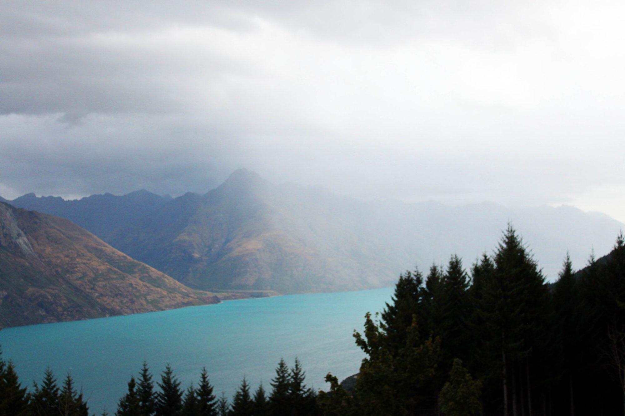 Best hikes in Queenstown New Zealand   8 Unforgettable things to do in Queenstown New Zealand #queenstown #newzealand #simplywander