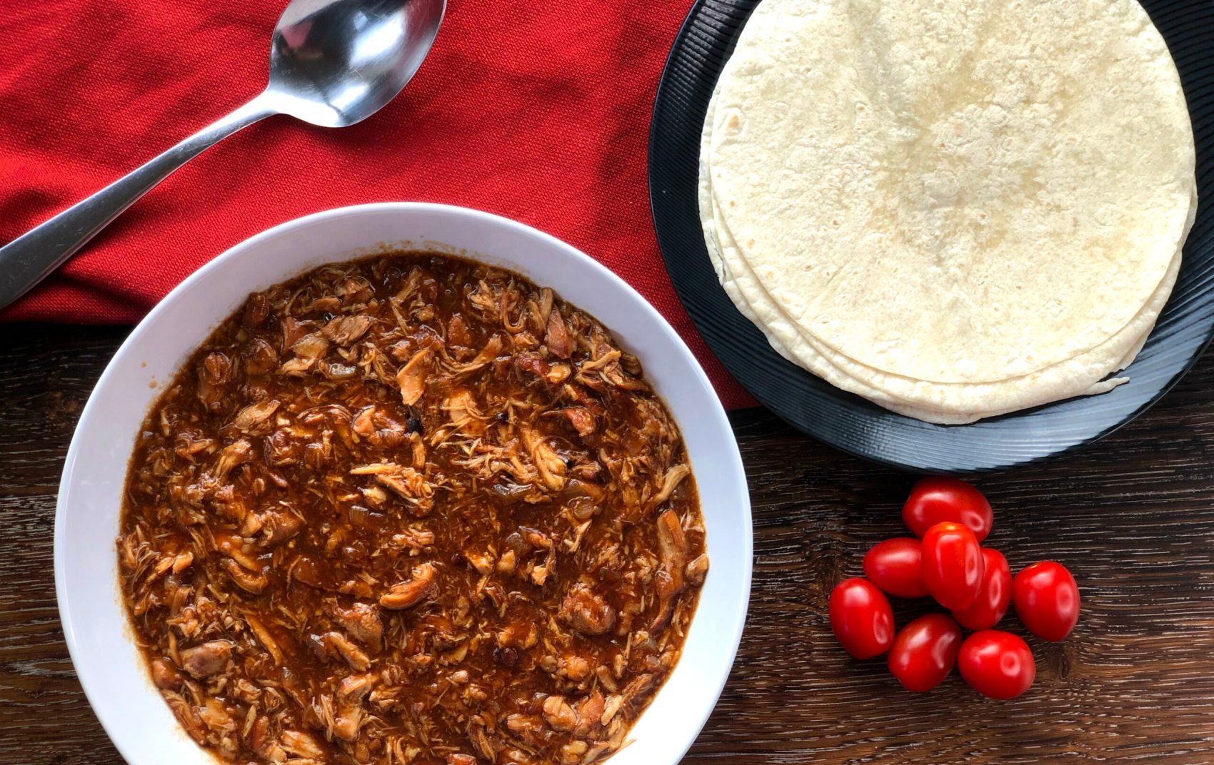 Easy Pulled Chicken slow cooked in BBQ sauce