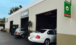 just-smog-check-huntington-beach-3-bays-800x480
