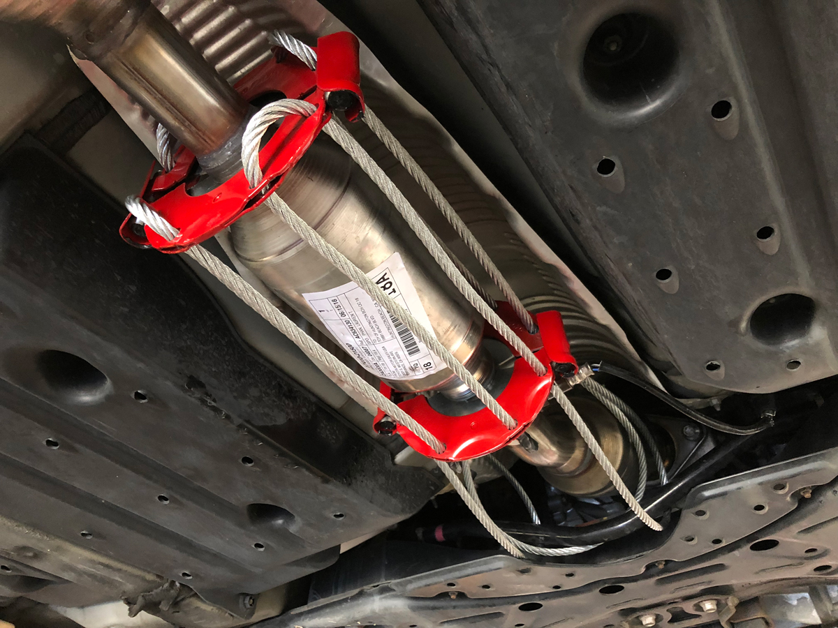 This Toyota Prius Had Itu0027s Catalytic Converter Stolen Recently In  Huntington Beach. According To Local Law Enforcement, The Theft Can Take  Less Than 90 ...