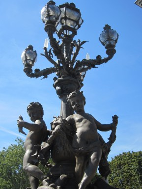Cherub with a fish, Pont Alexandre III