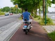 Back on Straatweg
