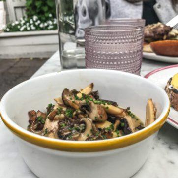 cafe cancan mushrooms