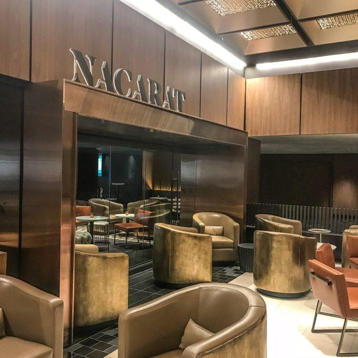 Fairmont The Queen Elizabeth - Nacarat Bar