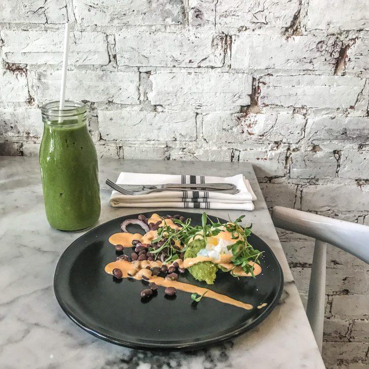 LOV Restaurant - McGill - Montreal - Eggs Benedict (Single)