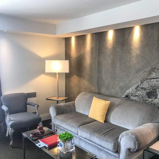 Auberge Saint-Antoine - Quebec City - Room - Sitting Area