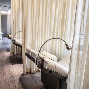 Hotel X Toronto - Luxury Resort - Guerlain Spa - Lounge Seating