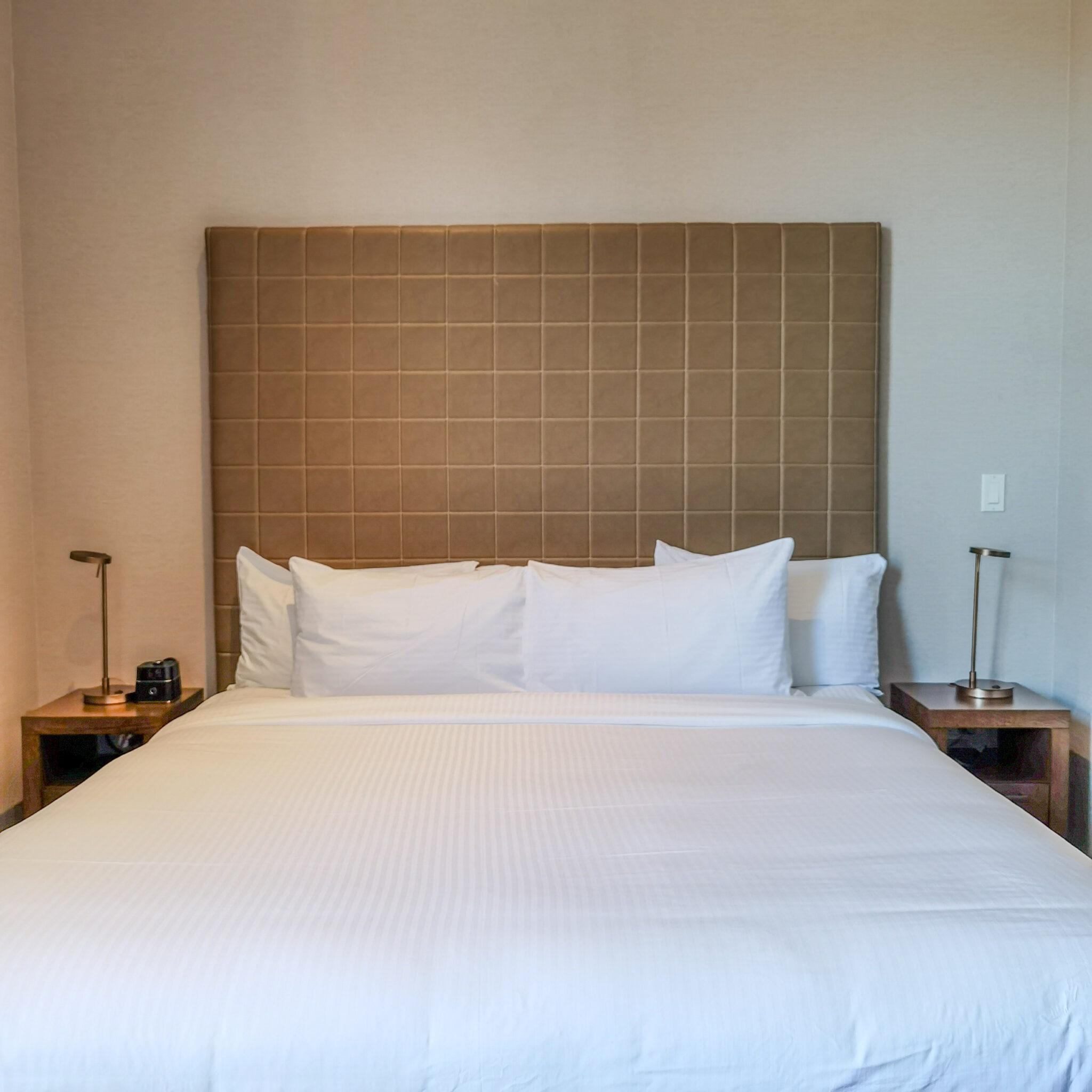 Hotel Malcolm Canmore Alberta - Canadian Rockies - Room Interior