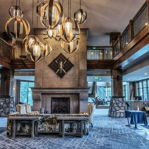 Hotel Malcolm Canmore Alberta - Canadian Rockies - Lobby Vibes