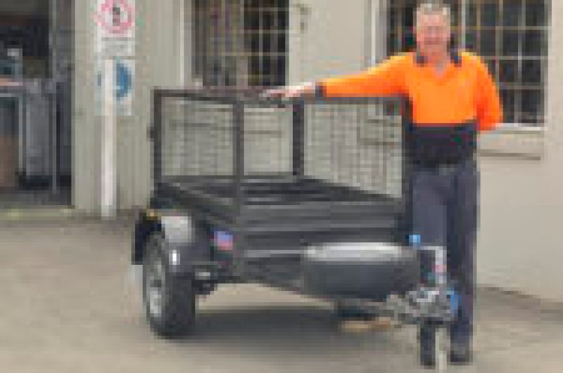 JUST TRAILERS BUILD BIG AND SMALL, IDEAL IF YOU ONLY HAVE A VERY SMALL CAR.