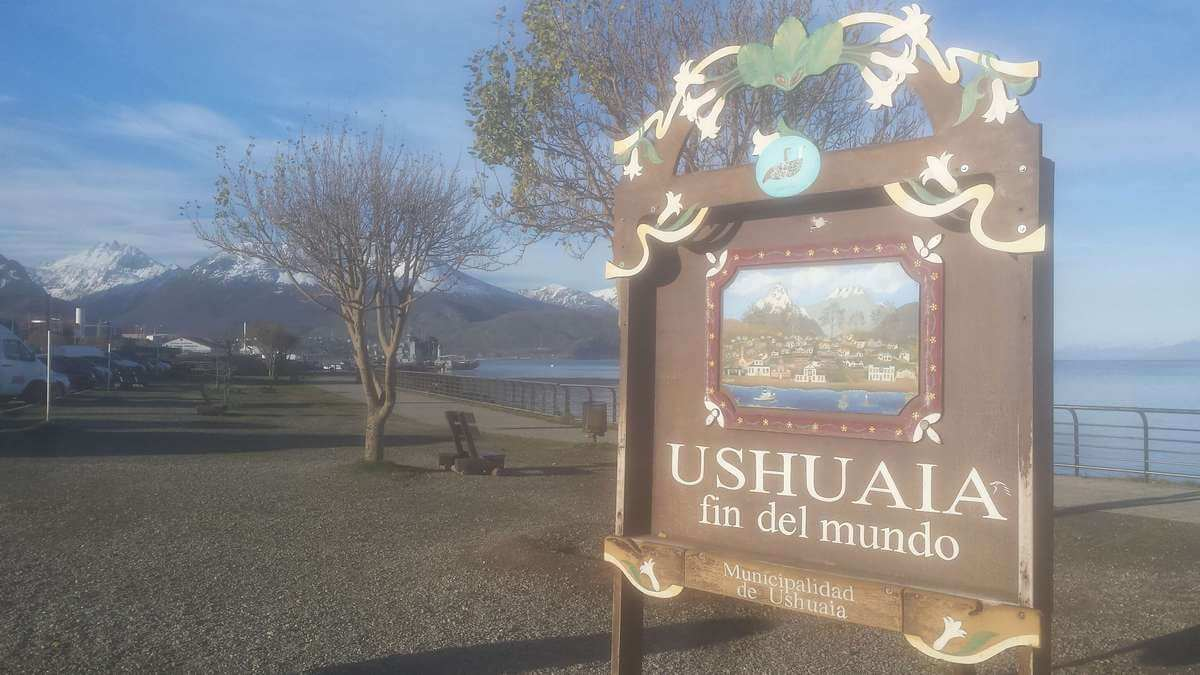 Read more about the article Visiting Ushuaia: the end of Patagonia and gateway to Antarctica