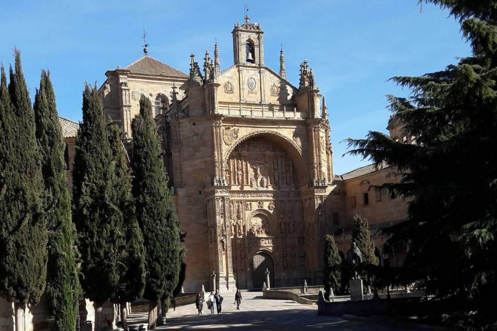 The large entrance to Salamanca's monastery
