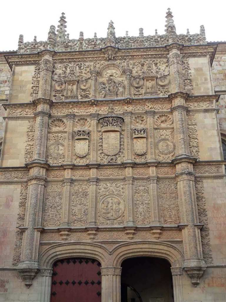 The stone mural where you can find the frog in Salamanca