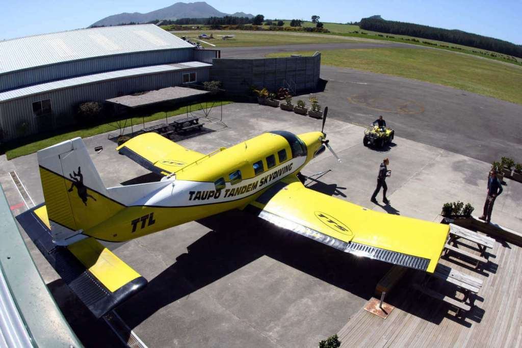 Skydiving plane in Taupo, a reason to visit New Zealand