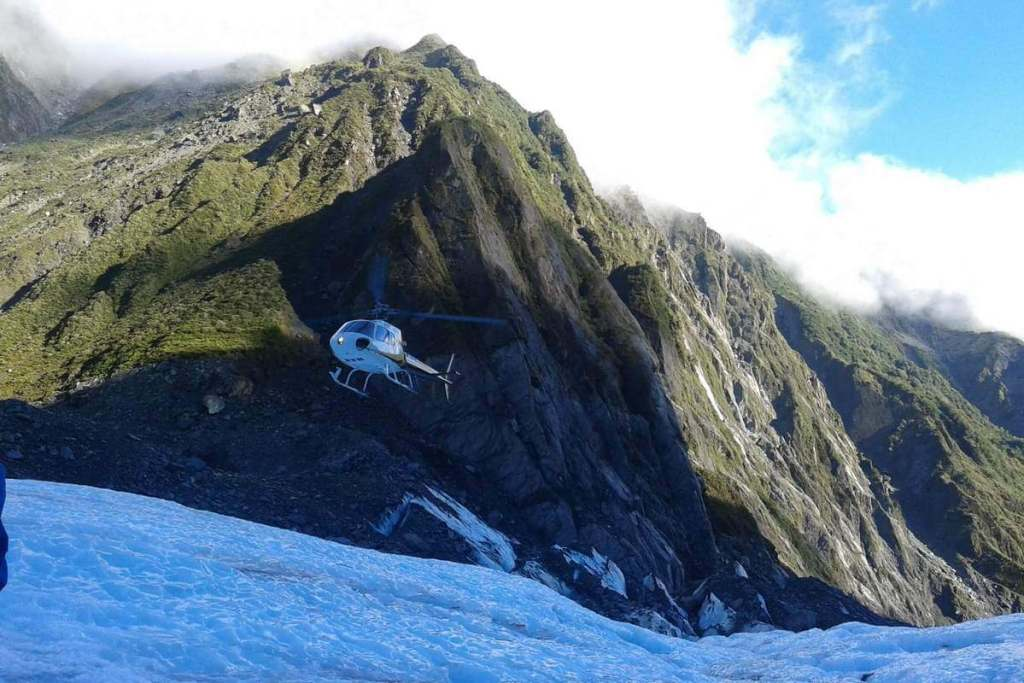 Helpicopter landing on Franz Josef Glacier