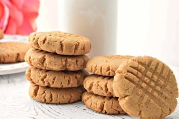 Peanut Butter Cookies – Gluten Free, Vegan, & Refined Sugar Free
