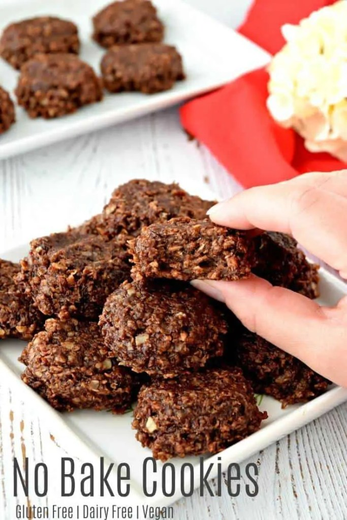 These gluten free and vegan No Bake Cookies are delicious and super easy to make! The peanut butter and chocolate is the best flavor combination! #glutenfree #dairyfree #vegan #desserts #cookies #nobake #christmas #recipes