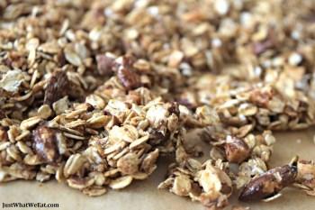 Granola – Gluten Free, Dairy Free, & Refined Sugar Free