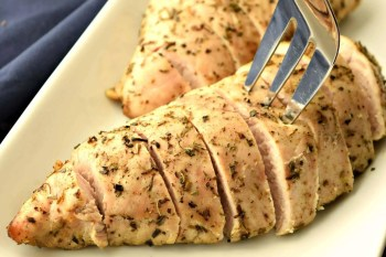 This baked turkey breast tenderloin recipe is one of the most simple turkey recipes around. It only takes about 5 minutes to prep and the best part is that it is naturally gluten free and dairy free! #glutenfree #dairyfree #dinner #easy #turkey