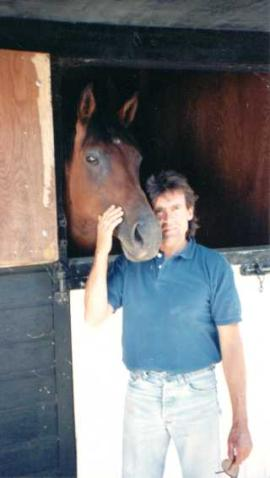"""A horse walks into Davy's Bar and orders a beer, Davy serves him and says """"why the long face?"""""""