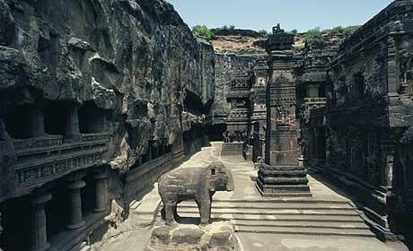 JustWravel_ElloraCaves