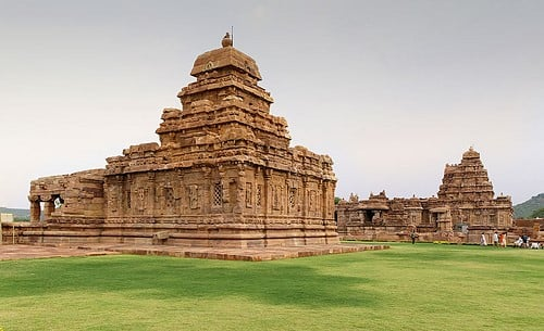 JustWravel_Pattadakal